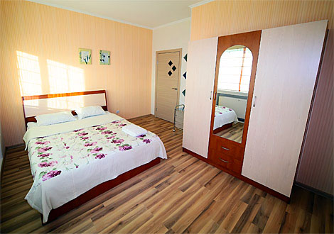 Serviced apartment 2-bedroom